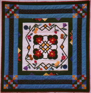 [Rose Marie's Round Robin Quilt]